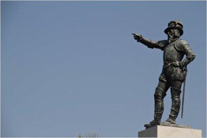 Statue of Ponce de Léon in St. Augustine, Florida