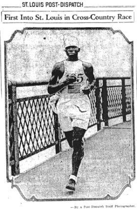 Eddie_Gardner_Crossing_the_Mississippi_River_at_St__Louis__1929